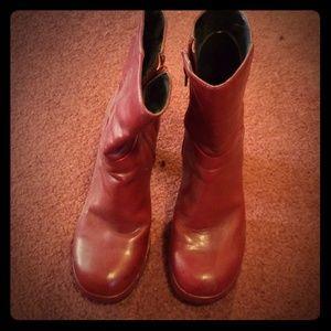 Bongo boots 7.5